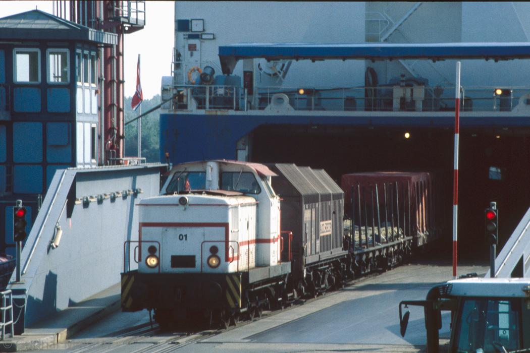 http://www.g-meisner.de/dso/hifo/1999-06-luebeck/19990602_ne14132.jpg